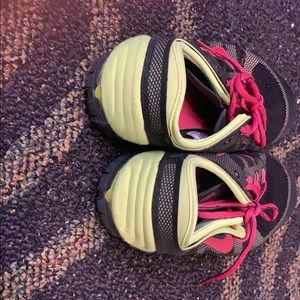 Nike Shoes - Bright Nike running shoes